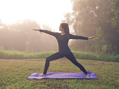 yoga-nightfall-camp